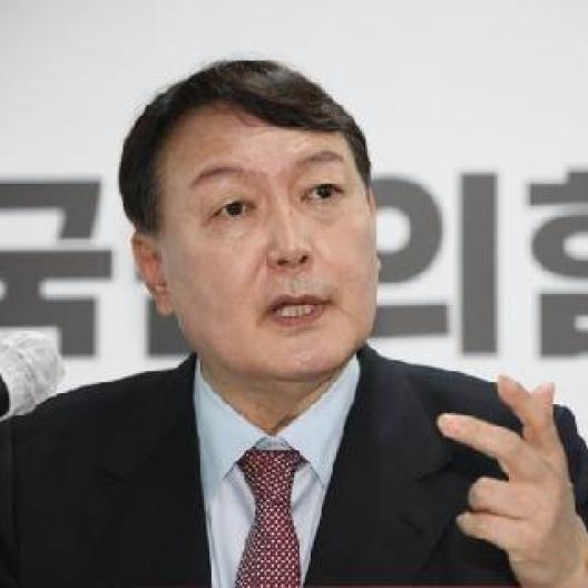 """'장제원 아들' 여론 싸늘해도 안고가는 尹...""""文과 다를게 뭐냐"""""""