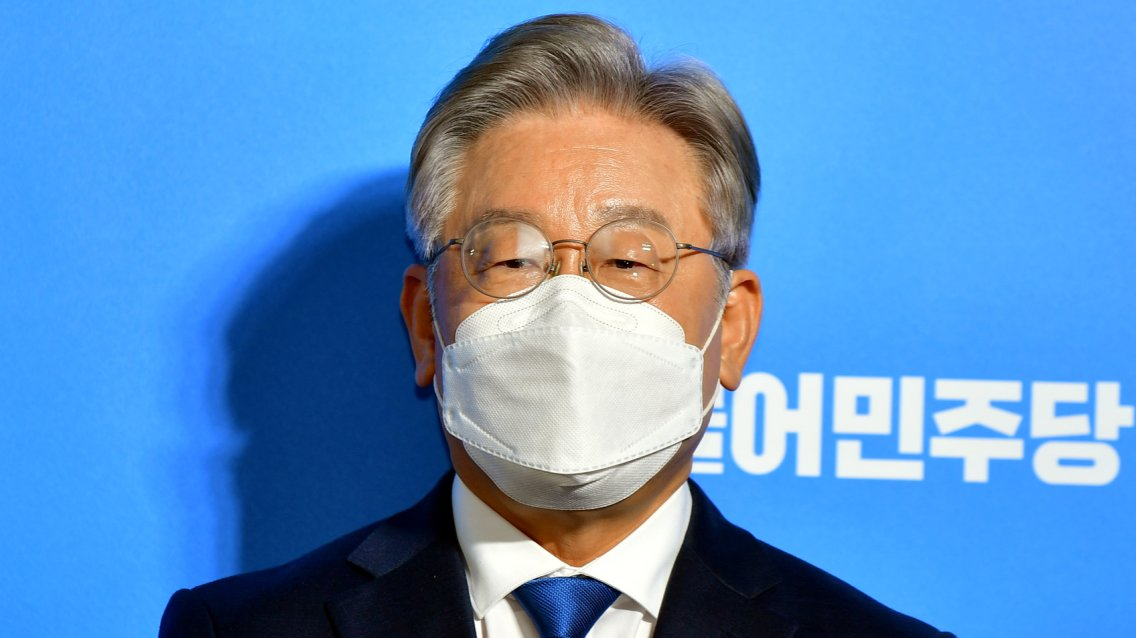 """""""곽상도子 50억, 뇌물 아닌가"""" 대장동 역공 퍼붓는 이재명"""